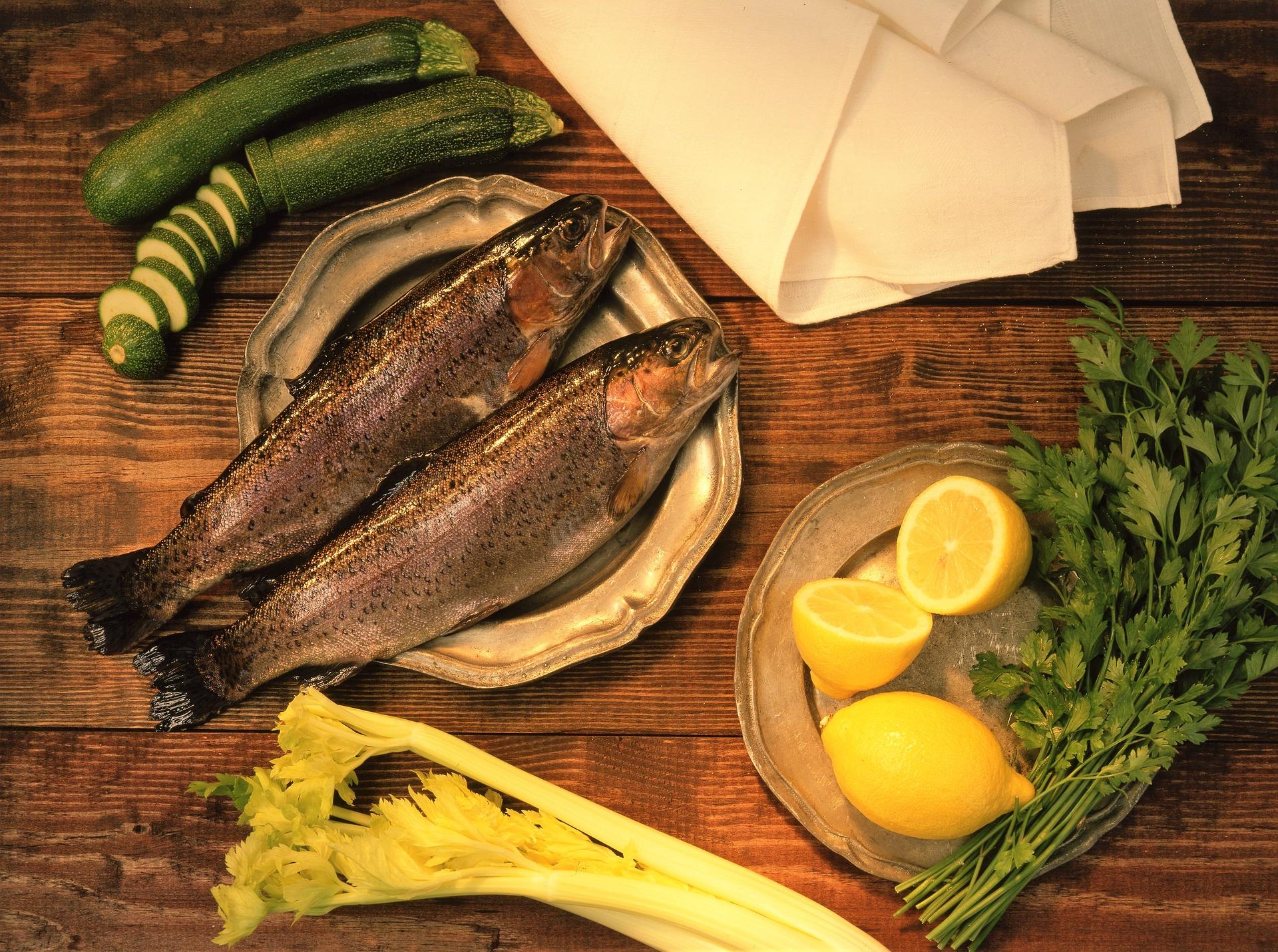Forellen essen im Gasthaus Johanning